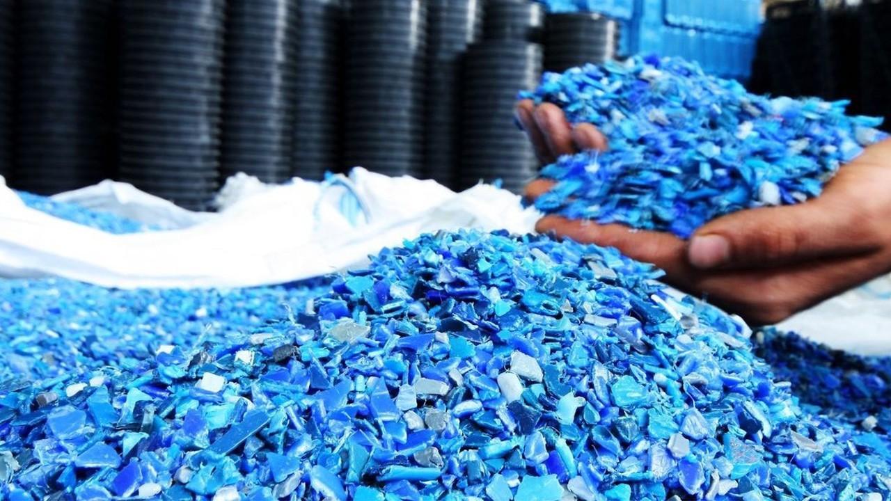 вторичное-использование пластика