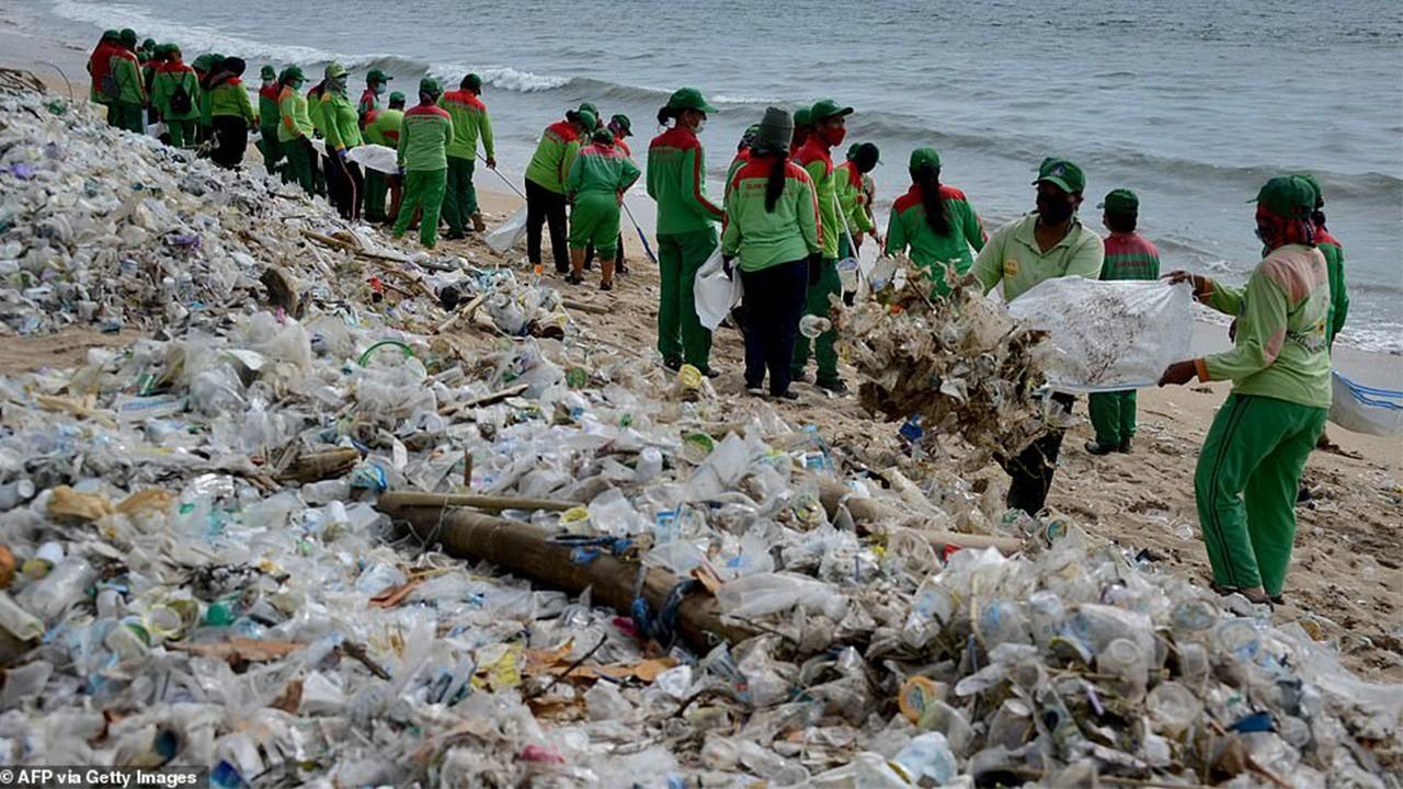отходы в океане
